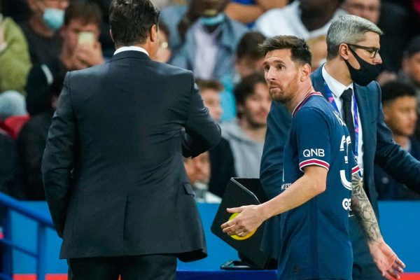 Pochettino confirms Messi replaced due to injury